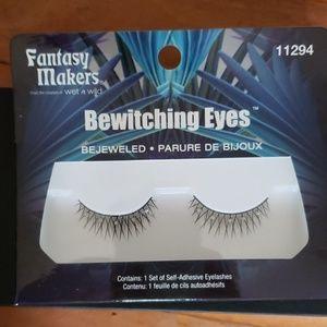 wet n wild Makeup - Wet n Wild Bewitching Eyes Bejeweled eyelashes